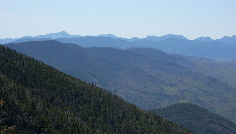 The Adirondack Mountains from the top of Whiteface Mountain. Photo by R. Khot / Wikimedia.