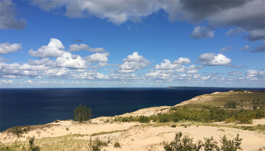 Lake Michigan, Sleeping Bear Dunes National Lakeshore. Photo by NOAA Great Lakes Environmental Research Laboratory / Wikimedia.