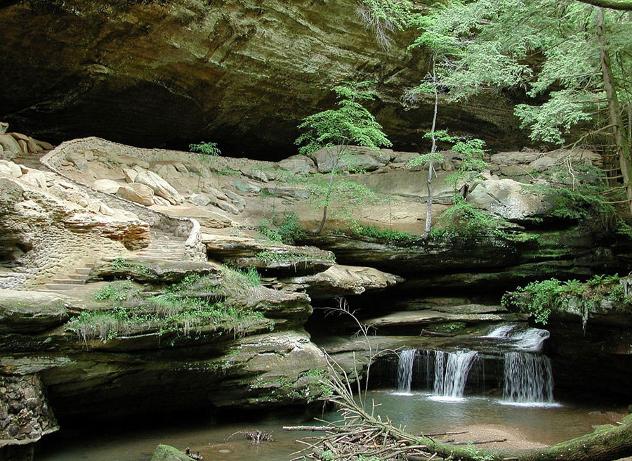 Old Man's Cave in the Hocking Hills of Ohio. Photo by Jaknouse / Wikimedia