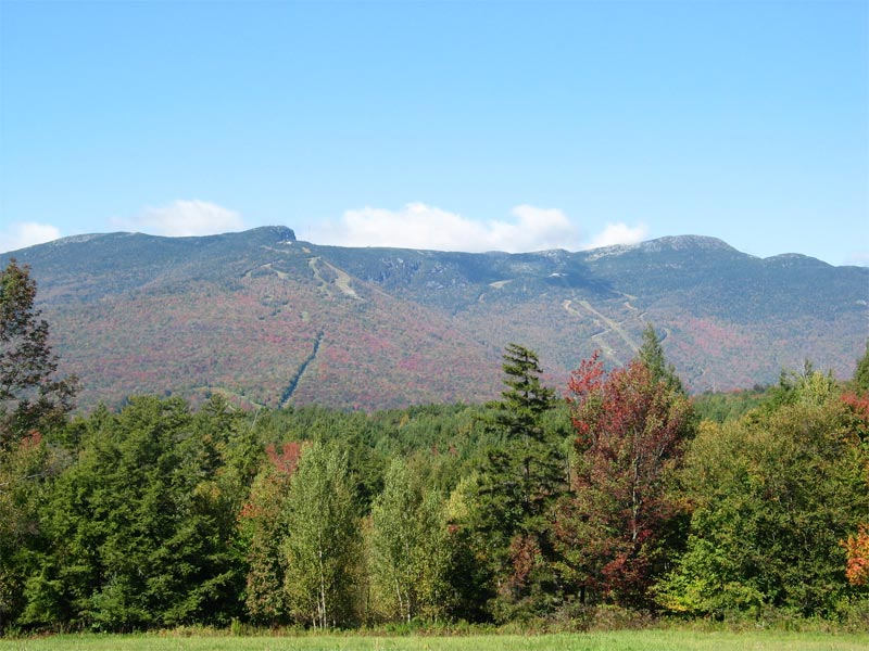 Mount Mansfield, Vermont's highest mountain. Photo by Jared C. Benedict / Wikimedia.